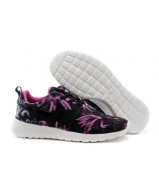Nike Roshe Run Schwarz / Violett Trainersneakers