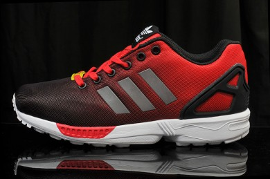 """Adidas ZX Flux """"Reflective"""" sneakers rot"""