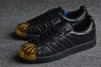 Adidas Superstar 80er Metal Toe schwarz / gold Trainersneakers