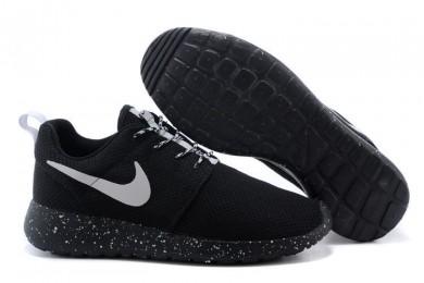 Nike Roshe Run schwarz / Weiß-Trainer-schuhe